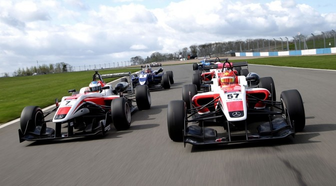 British F3 speeds back into Thruxton this weekend (16-17 August) for the first time in four years.