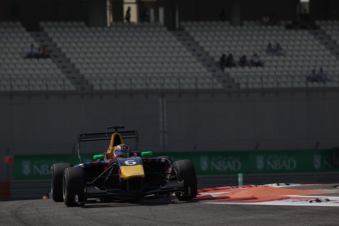 Kvyat sets the pace in Free Practice at Abu Dhabi