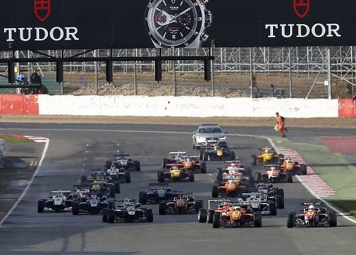 FIA Formula 3 European Championship, round 2, race 3, Silverstone (GB)