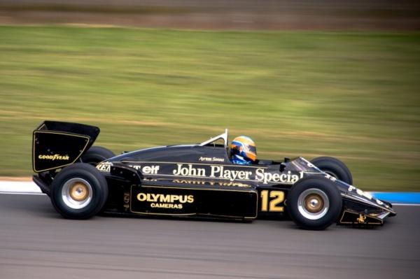 Lotus-Renault-Senna