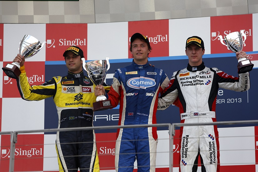 Palmer wins singapore GP2