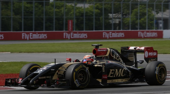 Romain Grosjean Lotus E22 Renault