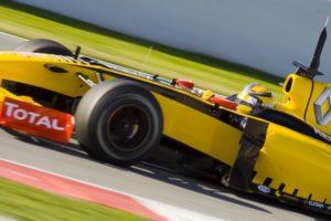 Robert Kubica in the R30